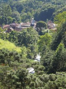 Maromba vista do mirante da Casa de Mauá